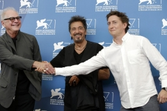 Actor Al Pacino, center, poses with the director of the movie 'The humbling', Barry Levinson, and the director of the movie 'Manglehorn', David Gordon Green, right, during the photo call for both movies in which he has the leading role at the 71st edition of the Venice Film Festival in Venice, Italy, Saturday, Aug. 30, 2014. (AP Photo/Andrew Medichini)